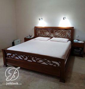 Tempat Tidur Minimalis Jati Selendang