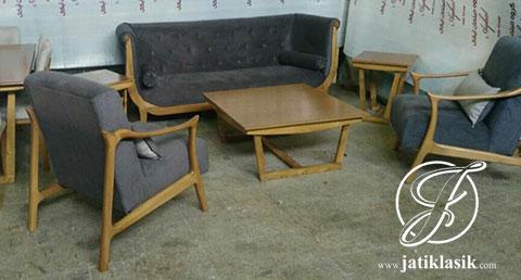 Kursi Sofa Tamu Minimalis Model Klasik
