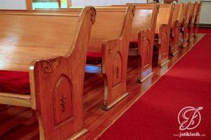 Bangku Gereja Mewah Kayu Jati