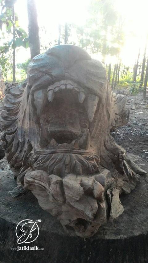 Mentahan Patung Kepala Singo Edan