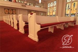 Bangku Gereja Putih Minimalis Modern