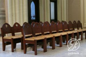 Kursi Gereja Jati Minimalis Jok Rotan