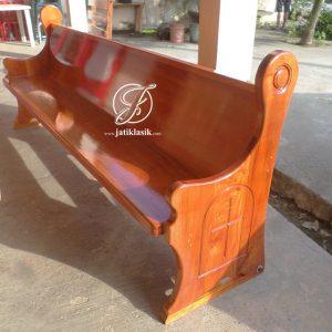 Kursi Gereja Kayu Jati Minimalis Terbaru